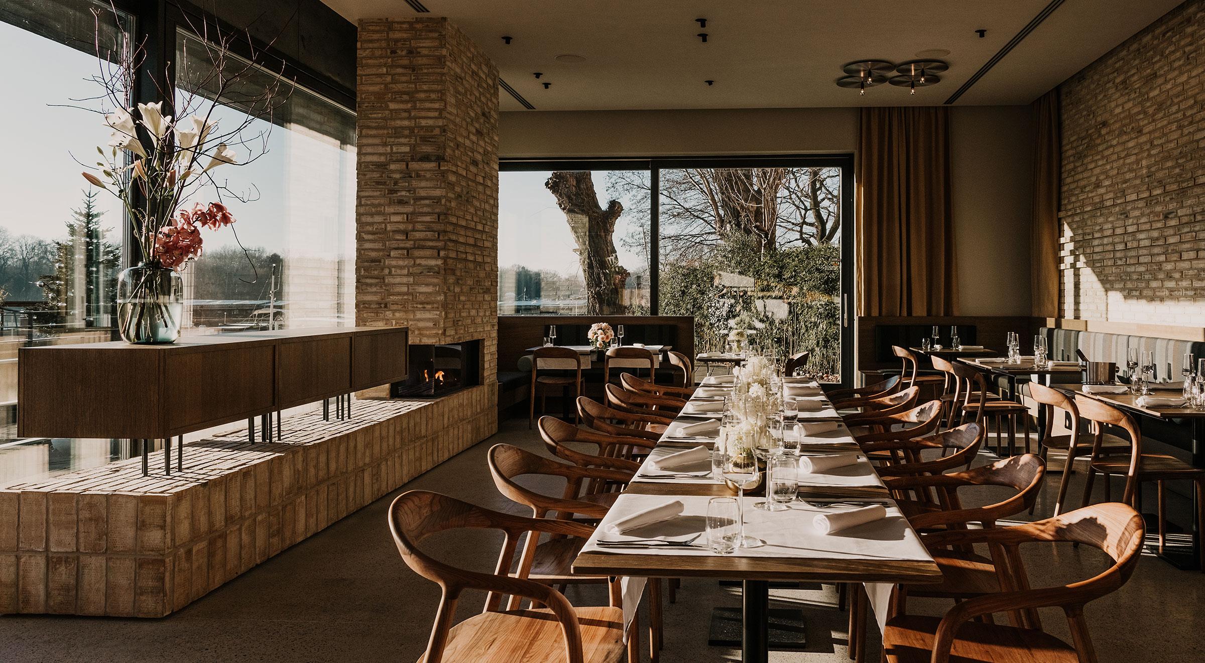 Hafenküche Restaurant Bar mit Kamin